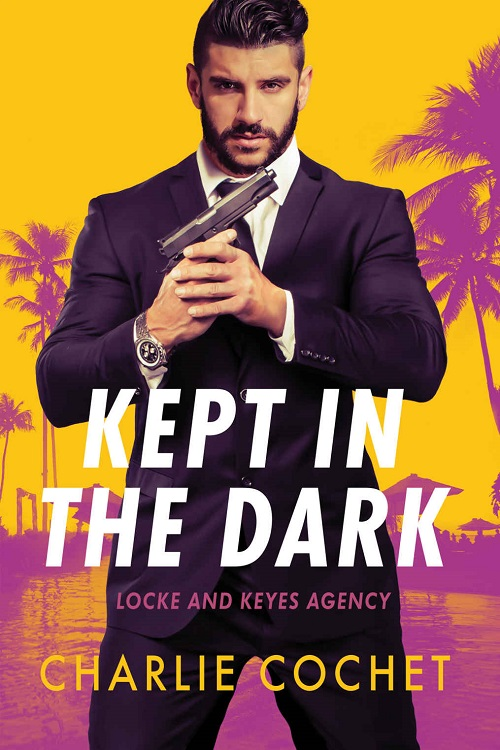 Charlie Cochet - Kept in the Dark Cover 6tf3e